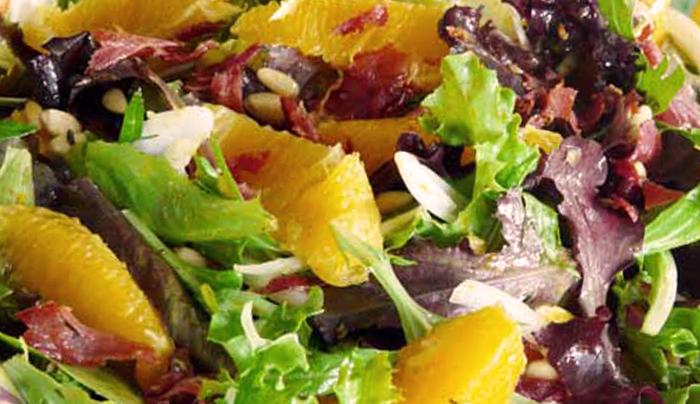 insalata-fresca-di-finocchi-arance-pinoli