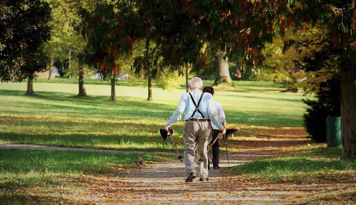 invecchiamento-attivo-qualita-col-progetto-gambe-testa