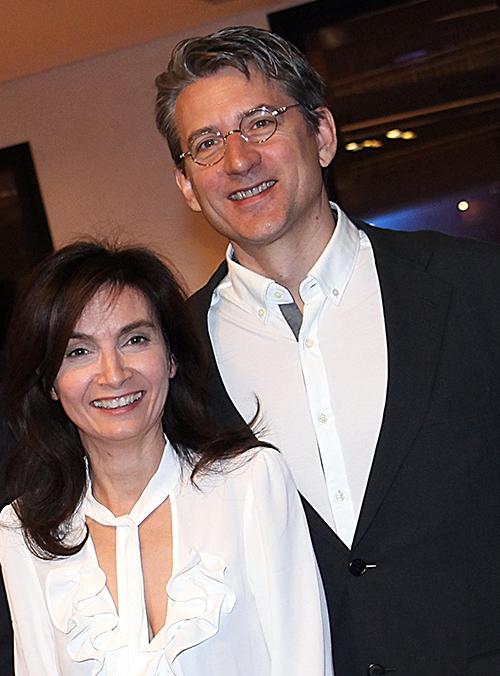 Liana Zorzi e Craig Willcox. Fotografia scattata durante il Congresso Longeva