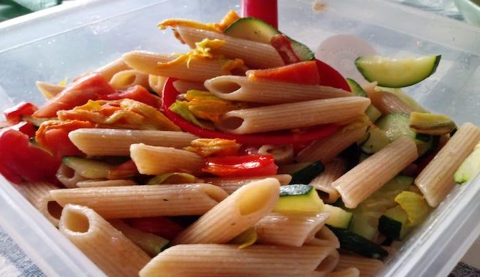 pasta-integrale-verde-rossa-e-gialla